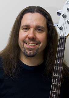 Roland Wagstaff, bass guitar/guitar teacher, Leith, Edinburgh, Scotland (UK)